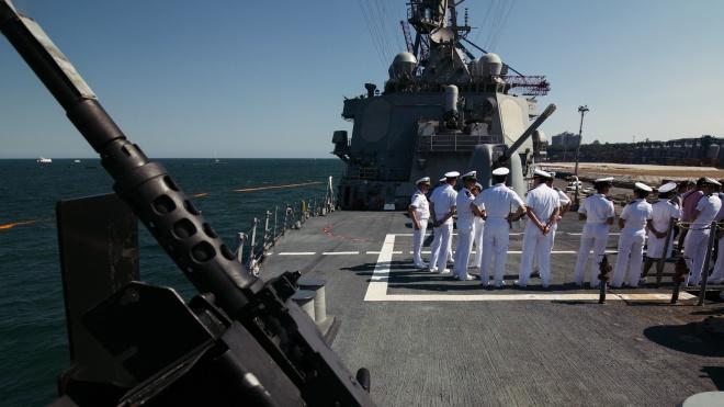 Американский эсминец Carney зашел в Одесский порт на время учений НАТО. Вот как он выглядит изнутри (устрашающе)