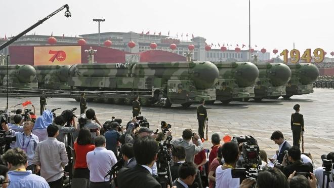 «Збільшити кількість ядерних боєголовок до тисячі». Головний пропагандист Китаю закликав до нарощення ядерного потенціалу проти США