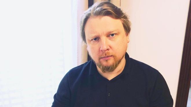 Автором скандалу зі студенткою Бурейко називають «провокатора і продюсера» Володимира Петрова. Хто це такий?