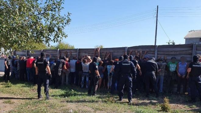 На журналістів «112 Україна» напали під час зйомки сюжету про розкрадання лісу. Поліція затримала 30 осіб