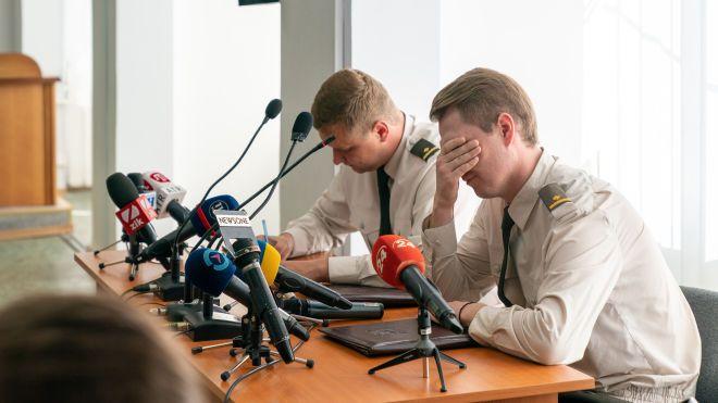 Дело Януковича: бесплатный адвокат повторно покинул заседание, суд ищет нового