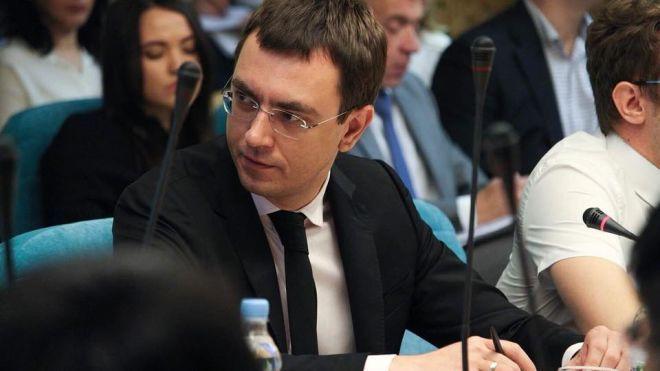 НАБУ вручило підозру міністру інфраструктури Омеляну за «незаконне збагачення». Він витратив на BMW X5 і елітне житло більше, ніж заробив за рік