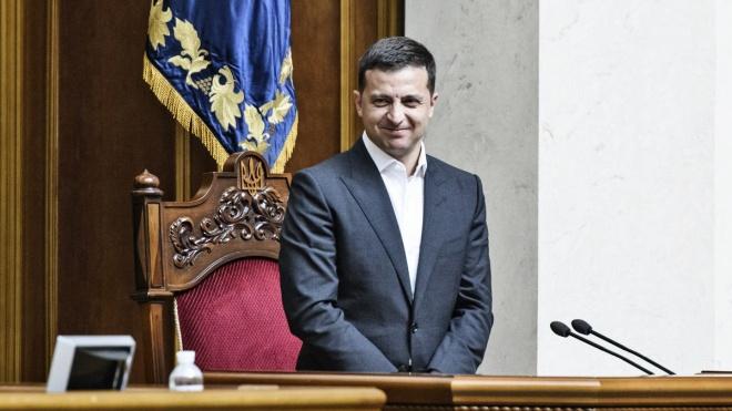 Зеленский обнародовал свою декларацию: почти 23 млн дохода семьи и торговая марка «Слуга народа»