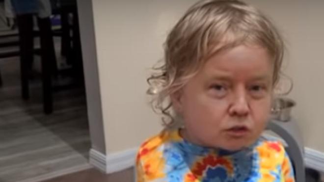 Виправдання Трампа щодо коронавірусу перетворили на deepfake-відео з дитиною, яка заперечує провину. У ролика вже понад мільйон переглядів