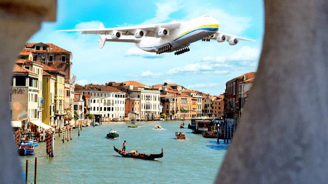 Найгучніший культурний проект останніх років. Чи пролетить українська «Мрія» над Венецією? Президент сказав, що так