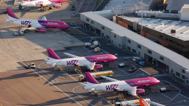 WizzAir відклала польоти з України до середини червня. Власникам квитків обіцяють компенсацію