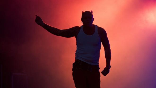 Кіт Флінт наклав на себе руки. Ось 5 кліпів The Prodigy, де він був вокалістом, та бонус з альбому, який так і не вийшов