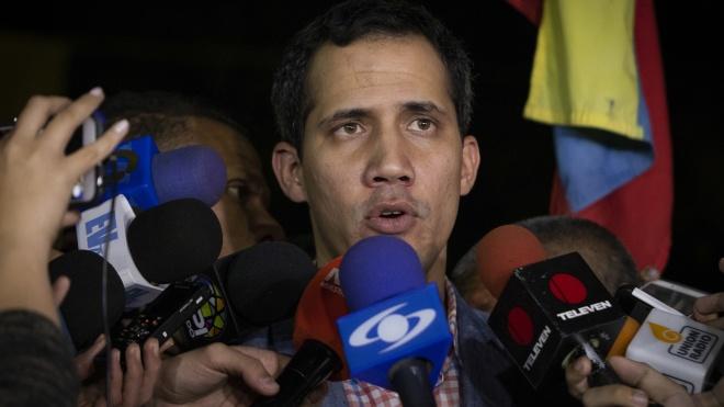 Трамп визнав лідера опозиції у Венесуелі Гуайдо президентом країни