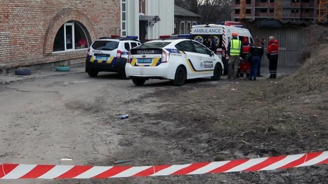 В Киеве нашли мертвым сотрудника Администрации президента Александра Бухтатого. Полиция задержала двоих людей