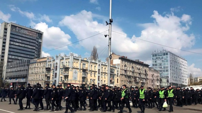 Зеленский и Порошенко не договорились о дебатах на общей сцене и будут выступать на «Олимпийском» порознь
