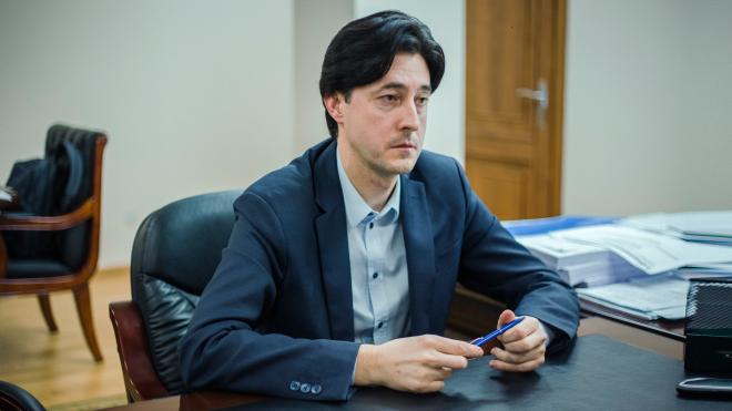 Кого Украина выдаст России, как реформируют ГБР и что будет с делами против окружения Порошенко — рассказывает замгенпрокурора Виталий Касько. Большое интервью