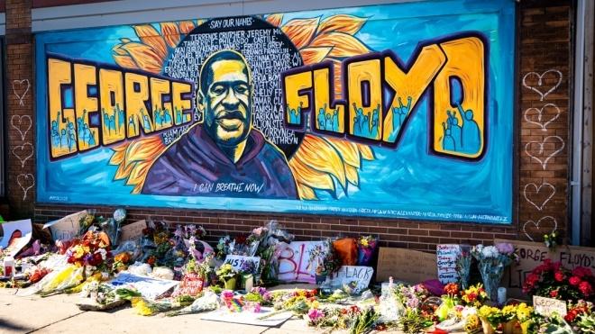 Убийство Джорджа Флойда: прокуратура запросила для обвиняемого 30 лет заключения