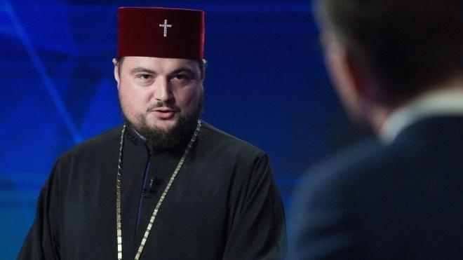 Митрополита УПЦ МП Драбинка звинуватили у переході в Константинопольський патріархат. Він усе спростовує. Що відбувається?