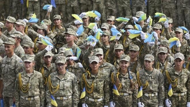 В Україні почав діяти закон про гендерну рівність на військовій службі. Що це означає?