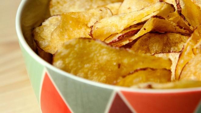 Британский подросток ослеп, потому что питался одними чипсами и картошкой фри