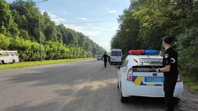 В Україні посилюють контроль за дотриманням ПДР: на найбільш аварійних ділянках доріг збільшать кількість патрульних екіпажів