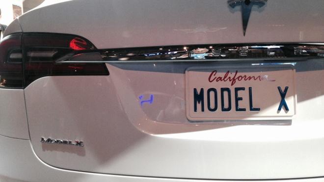Tesla звинуватила екс-співробітників у шпигунстві. Підозрюють, що вони «злили» конкурентам секретні матеріали з управління складами