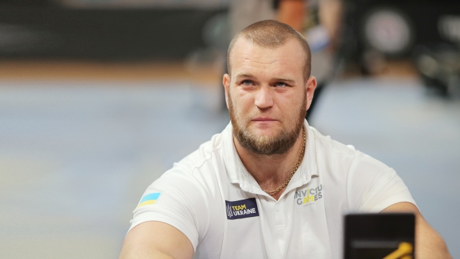 Призер «Игр непокоренных» Белобоков подал в суд на больницу, в которой ему спасли руки после травмы на пляже. Он требует компенсацию за разглашение тайны