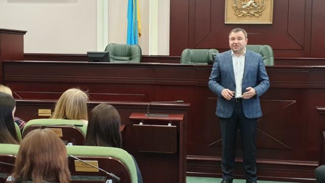 Глава Киевского облсовета Стариченко подал в отставку