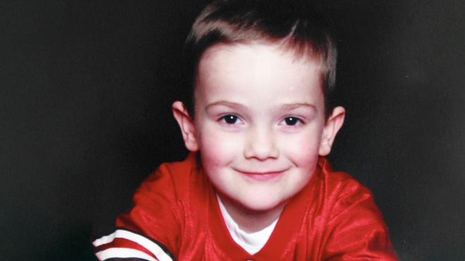 Сбежал от похитителей после семи лет неволи. В США подросток утверждает, что является пропавшим без вести ребенком
