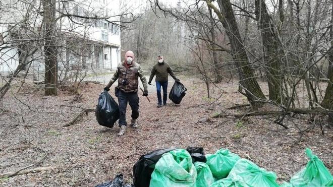 #TrashTagChallenge дістався Чорнобиля. У зоні відчуження прибрали сміття після туристів