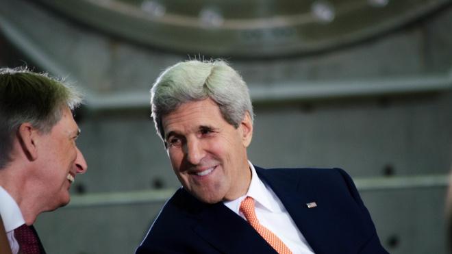 Джон Керри и кандидаты в президенты. Обнародована программа «Украинского завтрака» на форуме в Давосе