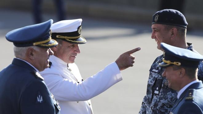 Замість адмірала Ігоря Воронченка командувати флотом планують призначити Олексія Неїжпапу, а його заступником — Шагена Шайволодяна. Що про них відомо?