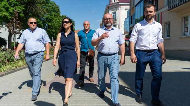 Как представители «Слуги народа» должны отвечать на вопросы о Медведчуке, Бандере и генпрокуроре Луценко