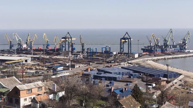 Блокада Азовского моря: порты потеряли миллиард гривен из-за России