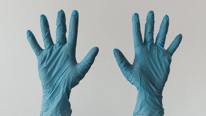 Акції компанії-виробника латексних рукавичок у Малайзії зросли на 1000%