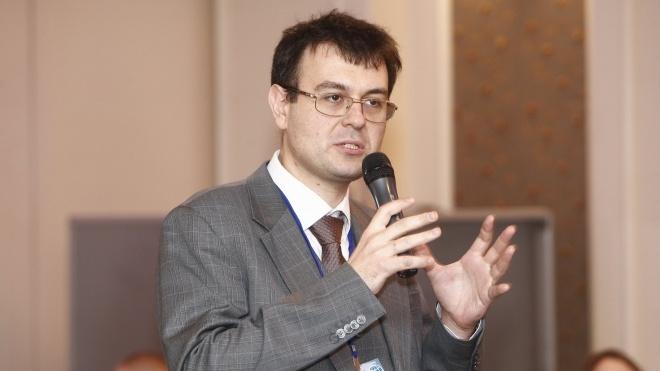 Глава Комітету Ради пропонує на пів року відкласти підвищення мінімалки до 6 500 гривень. Раніше Зеленський називав графік «реалістичним»
