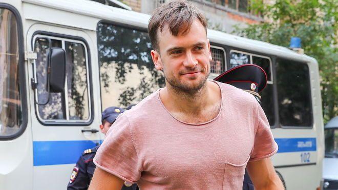 Учасника Pussy Riot Верзілова виписують з лікарні. Він боровся з наслідками отруєння два тижні