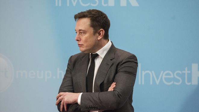 Благодійність Маска: мільярдер витрачає гроші фонду у власних інтересах