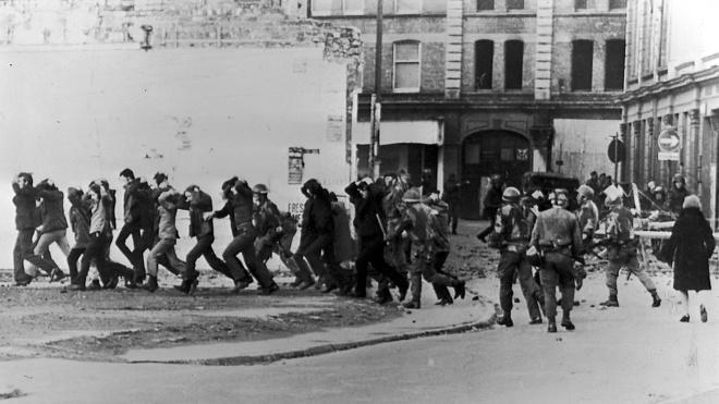 Кривава неділя 1972 року: у Північній Ірландії через півстоліття судять британського десантника за розстріл демонстрантів