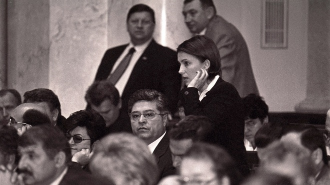 Сегодня Юлии Тимошенко исполнилось 58 лет, из которых 21 она провела в политике. Все это время ее фотографировал Александр Клименко — theБабель публикует лучшие снимки из его архива
