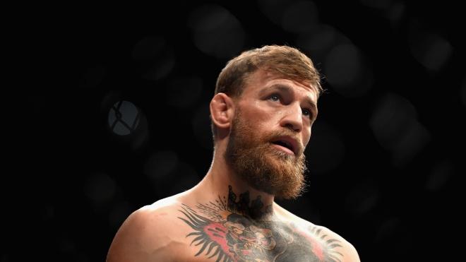 В Великобритании мужчина сбывал наркотики, пользуясь своим сходством со звездой UFC Макгрегором