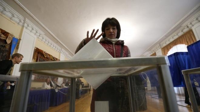 Напередодні другого туру виборів понад 250 тисяч українців змінили місце голосування