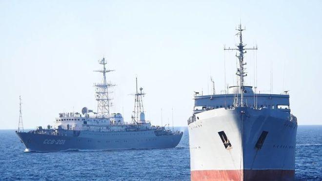 Кораблі ВМС України, які занепокоїли росіян, вийшли в Азовське море. Тепер вони йдуть у Бердянськ
