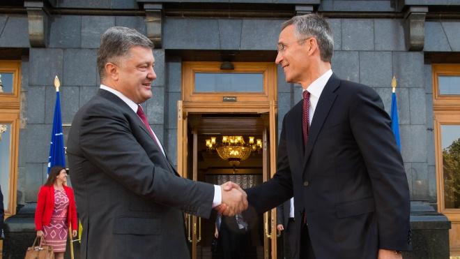 Генсек НАТО призвал Россию освободить украинских моряков и разблокировать Азовское море