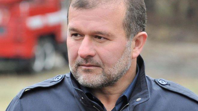 Депутат Віктор Балога каже, що обирає, який штаб очолити — Гриценка чи Тимошенко. У Гриценка впевнені, що це блеф. Що відбувається насправді?