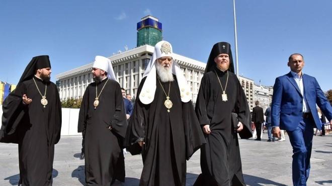 «Ми об'єднаємось в одну церкву». Патріарх Філарет провів брифінг за підсумками засідання Синоду. Тези