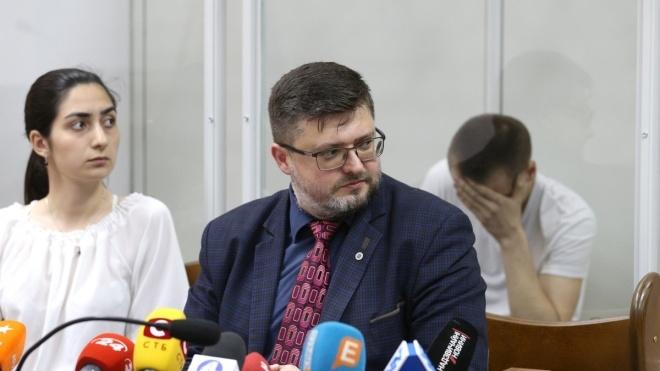 Адвокату Андрею Доманскому, который защищает Вышинского, объявили о подозрении. ГПУ считает, что он незаконно приватизировал здание в центре Киева