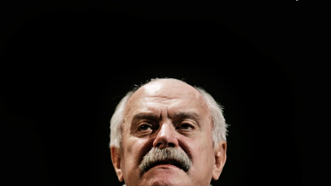 Режисер Міхалков отримав з держбюджету Росії 200 мільйонів рублів на фільм про протистояння субмарини та гігантського молюска