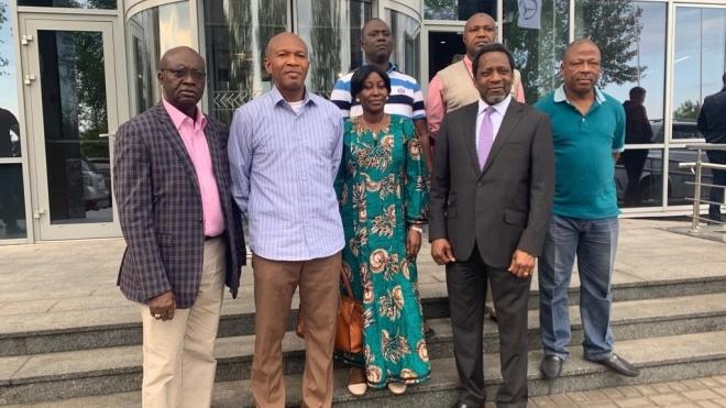 Нігерія закриває своє посольство в Україні