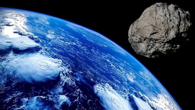 У японському місті Комакі метеорит віком 4,5 мільярда років пробив дах будинку