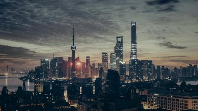 Hilton та інші VIP-готелі Китаю вибачилися за прибирання номерів. Персонал мив посуд і туалет однієї губкою