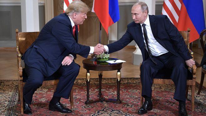 Bloomberg: Путин предложил Трампу провести референдум на Донбассе. Президент США думает