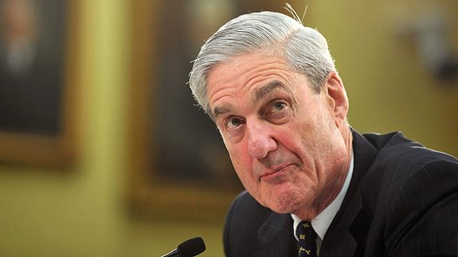 Спецпрокурора США Мюллера збираються звинуватити у сексуальних домаганнях. Він поскаржився у ФБР