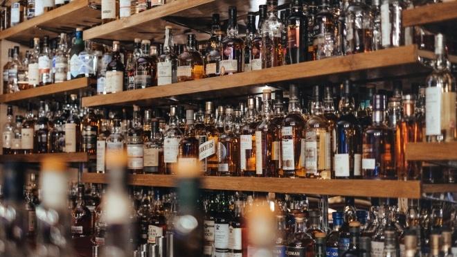 В Украине подорожали водка, вино и коньяк. Цены на алкогольные напитки выросли до 20%