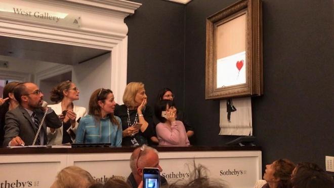 Художник Бенксі записав відео, де повністю знищує картину «Дівчинка з кулею»